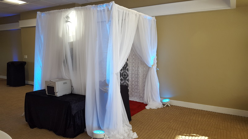 SHEER BOOTH