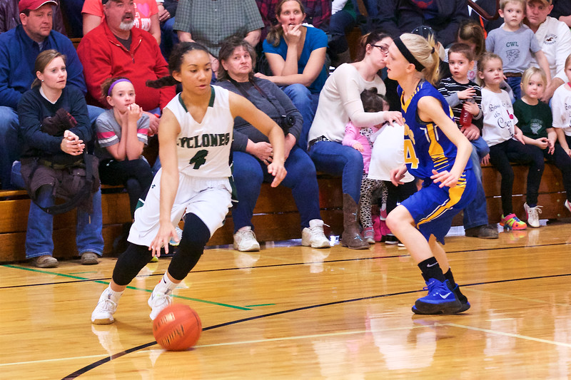 '17 Cyclones Girls Basketball 353.jpg