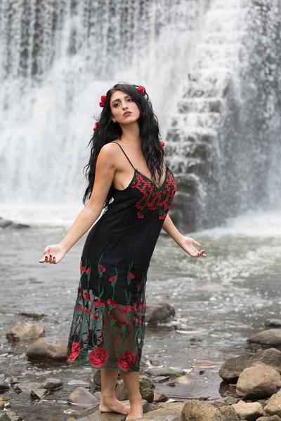Waterfall 2019-6062.jpg