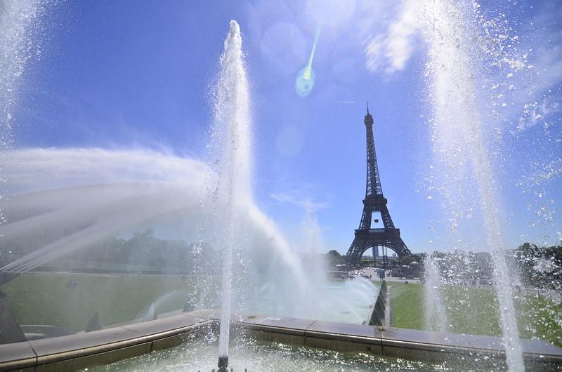 Paris Day 7-17.JPG