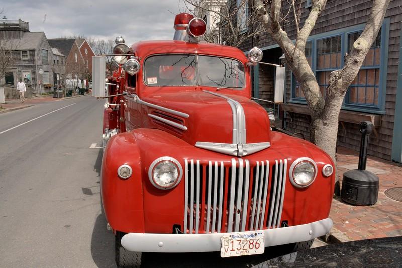2017 nantucket fire truck front .jpg