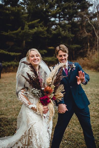 Requiem Images - Luxury Boho Winter Mountain Intimate Wedding - Seven Springs - Laurel Highlands - Blake Holly -1115.jpg