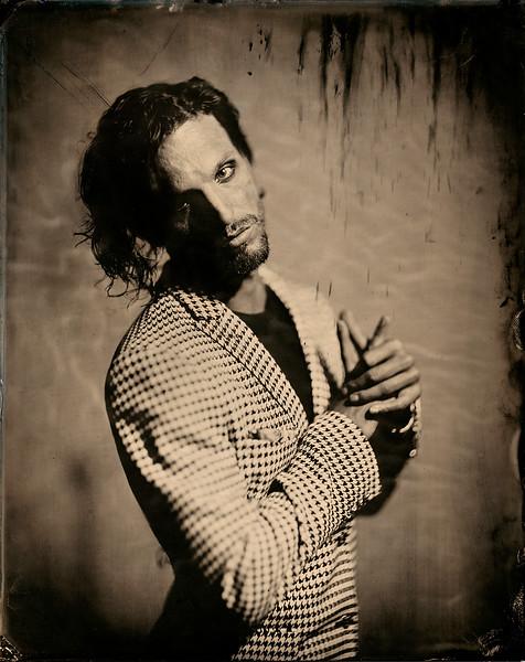 Hair-Stylist-Damian-MOnzillo-Celebrity-Creative-Space-Artists-Management-Magazine-Fashion-SPIRIT-FLESH-JAMES-WEBER-(3).jpg