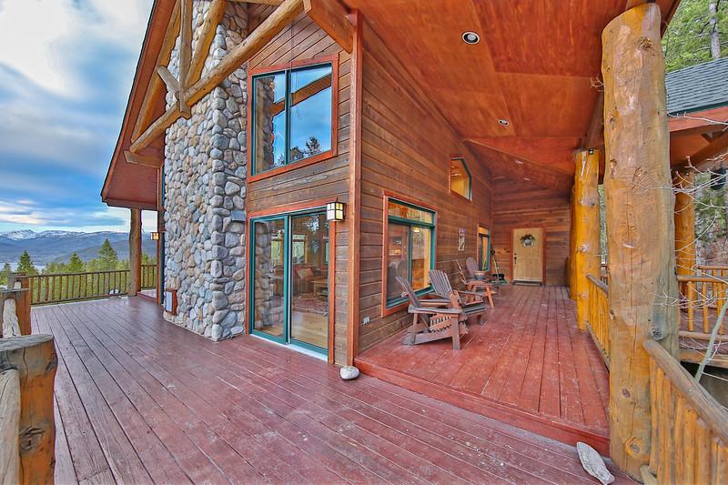 Deck 4_Grand_Lake.jpg