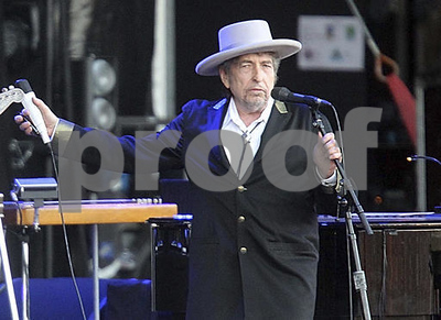 dont-think-twice-its-all-right-bob-dylan-wins-nobel-lit