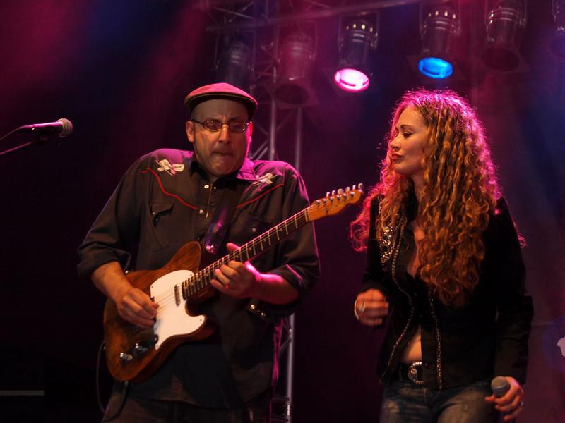 Dana Fuchs Band Ribs & Blues Raalte 31-05-09 (11).jpg
