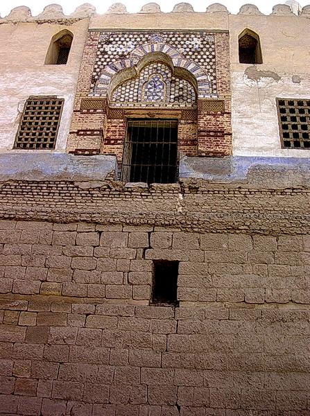 Den originale inngangen til Abu El-Haggags moské (Foto: Ståle)