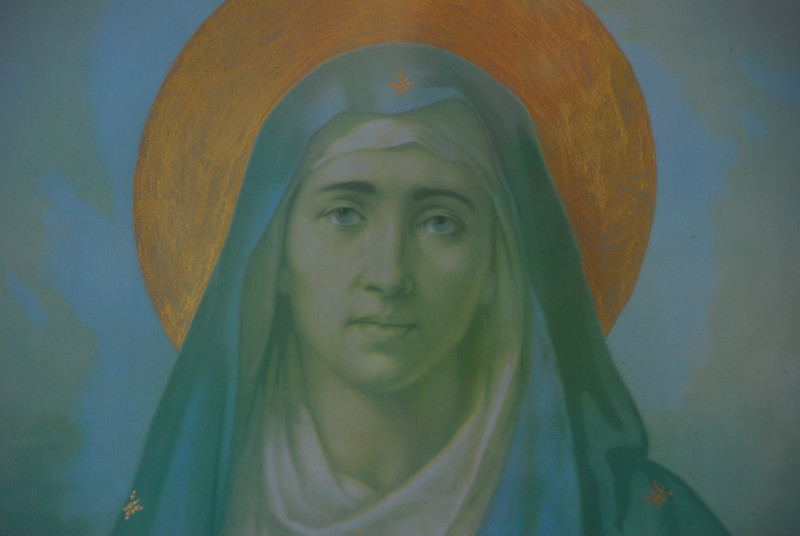 This virgin Mary looks a lot like Nicholas Cage.
