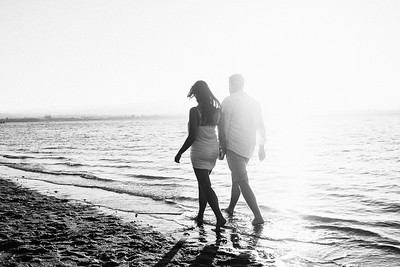 Julia + Finn | New Zealand Beach Engagement