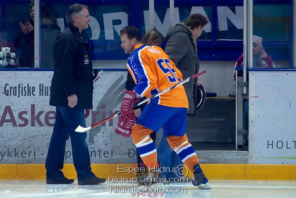 Vålerenga Ice Hockey -at- Frisk Asker Tigers (22.2.09)