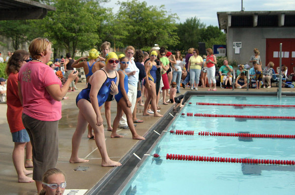ROCHELLE RAYS SWIM TEAM