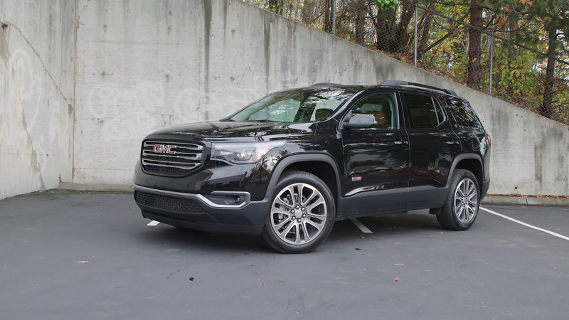 2017 GMC Acadia All Terrain Edition Parked Reel