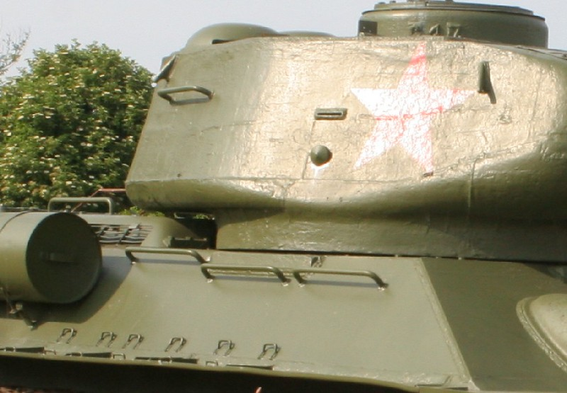 T34-85, 03s.JPG