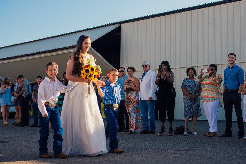 Kevin and Hunter Wedding Photography-6044624.jpg