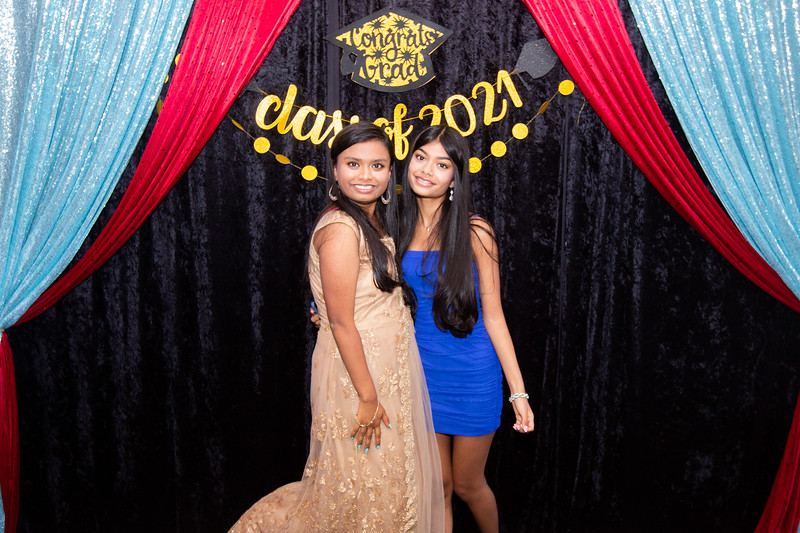2021 06 Arushi Graduation Party 041.jpg