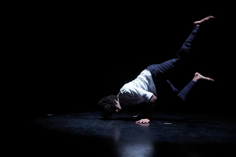 Kizuna Dance Tech Rehearsal4.jpg