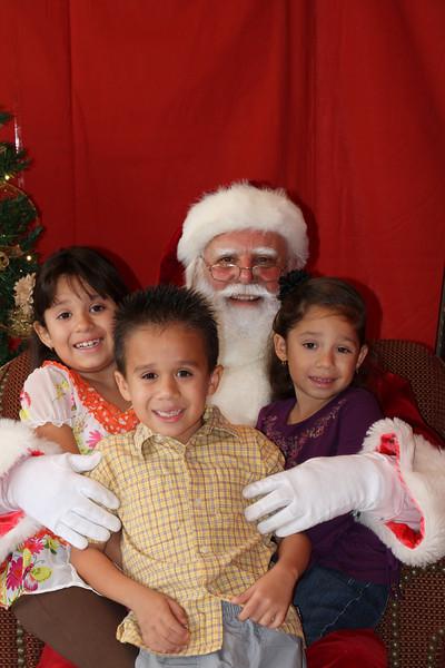 Santa Clause 27NOV2010-149.JPG