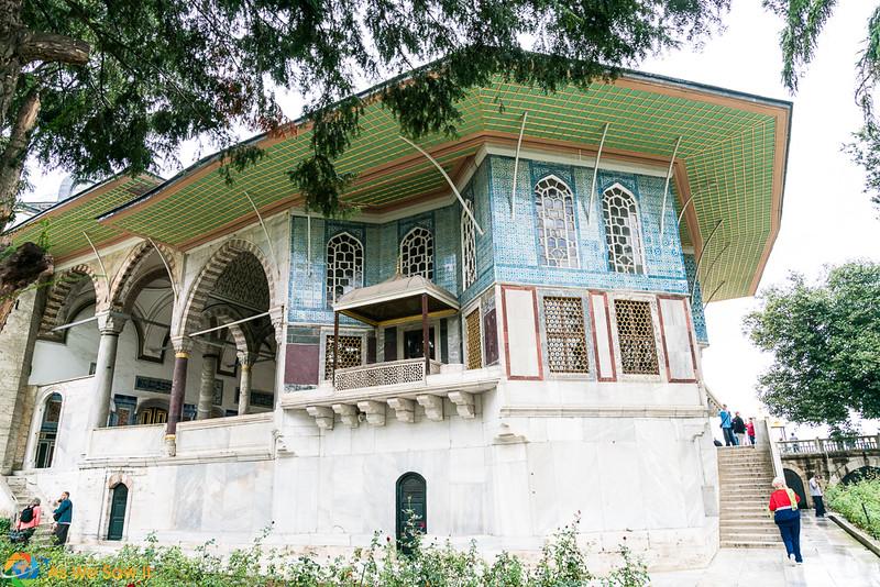 Topkapi-Palace-08480.jpg