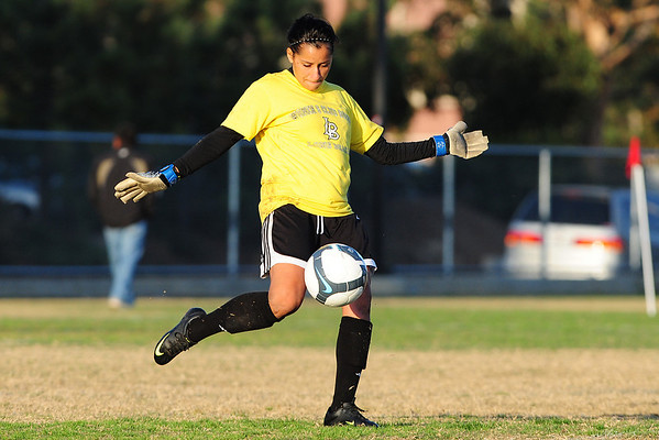 UCSD Women vs CSULB, 11-14-09