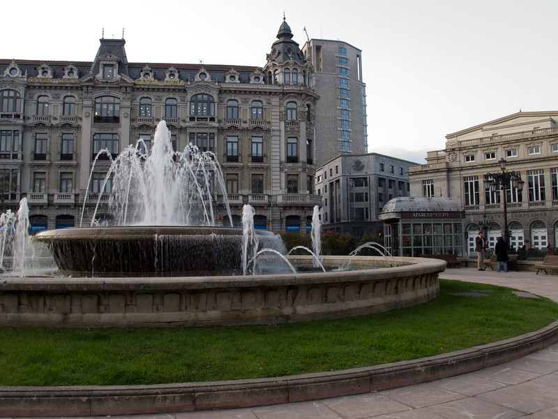 Oviedo Fountain