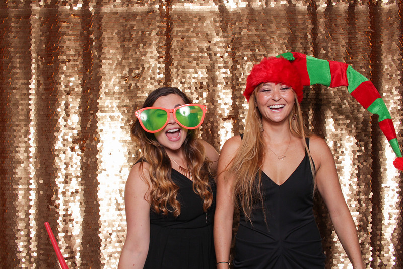 2014-12-17_ROEDER_Photobooth_Coinbase_HolidayParty_Singles_0060.jpg