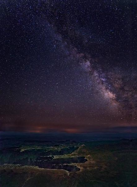 White Rim Milky Way