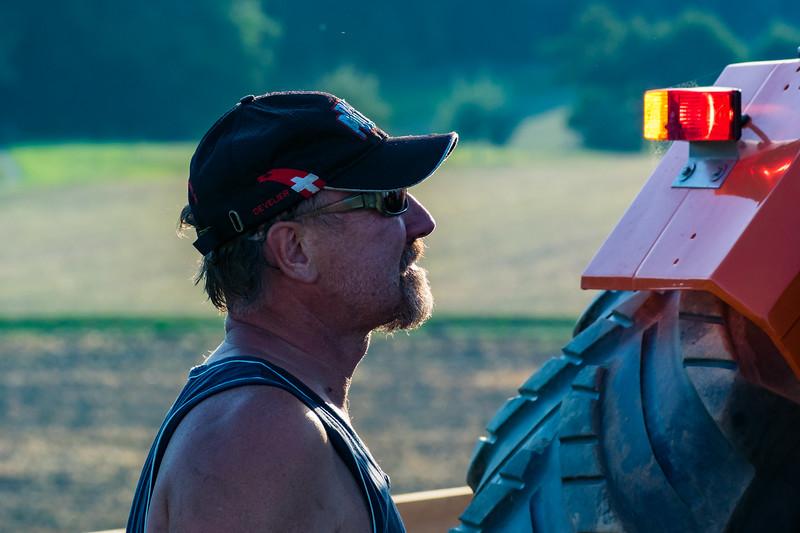 Tractor Pulling 2015-9101.jpg