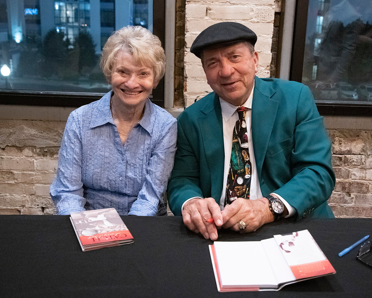 10.24.2019 - Johnny Bench Book Signing