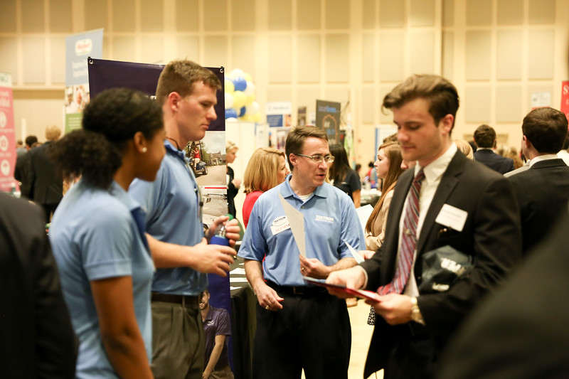 2017_CareerFair-10.jpg