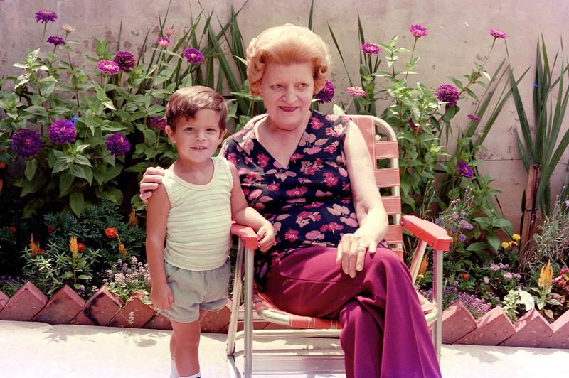1977-6-28 #11 Ethel In Atlanta.jpg