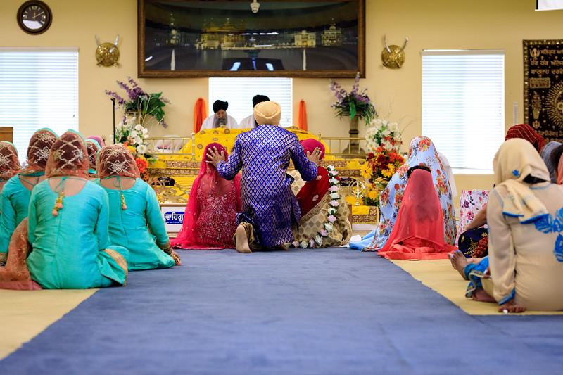 Neelam_and_Matt_Gurdwara_Wedding-1382.jpg