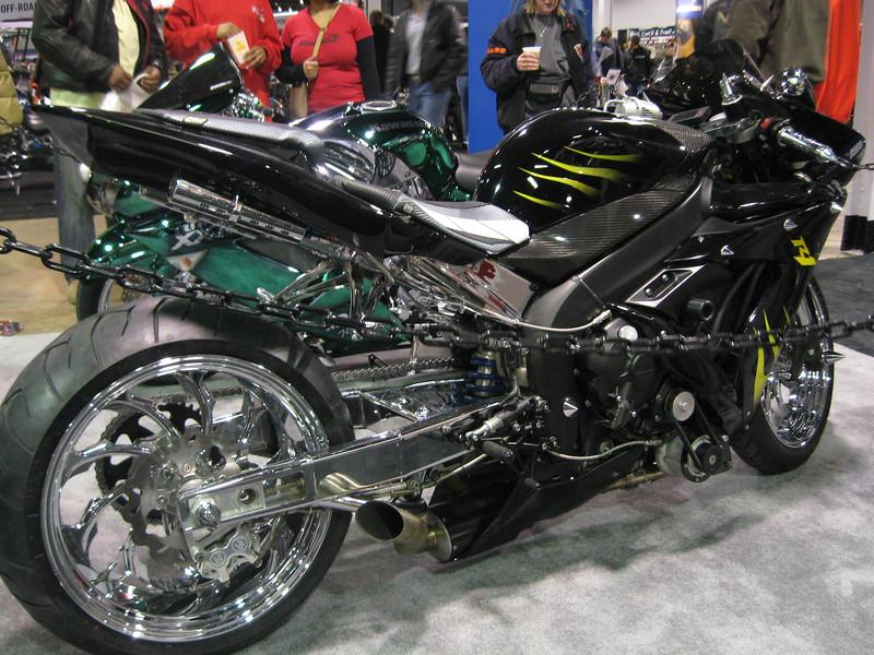 Super R1' 2006 Yamaha YZF R1 custom bike