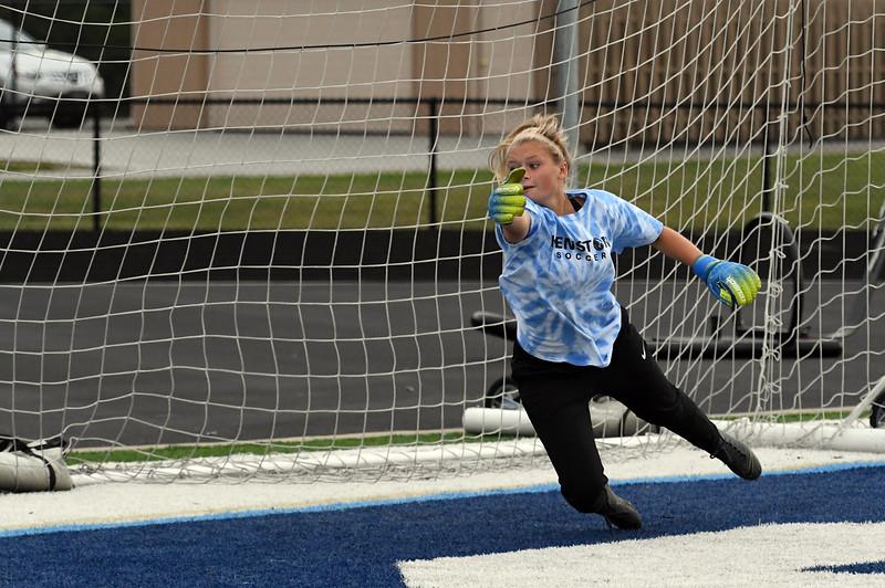 girls_soccer_2234.jpg