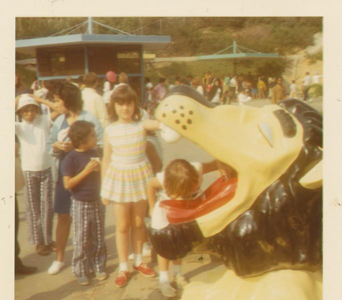 Ramona in line 1970.jpg