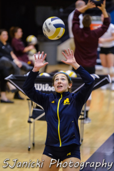 Michigan Volleyball Vs Minnesota 11-10-12