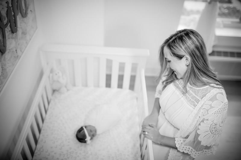bw_newport_babies_photography_hoboken_at_home_newborn_shoot-5203.jpg