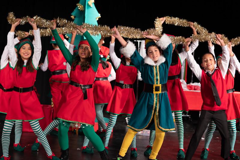 LEAP_elf-jr-dress-rehearsal-74.jpg