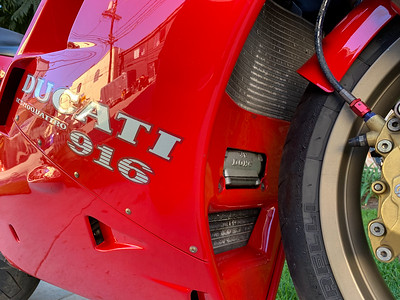 Ducati 916 on Iconic Motorbike Auctions