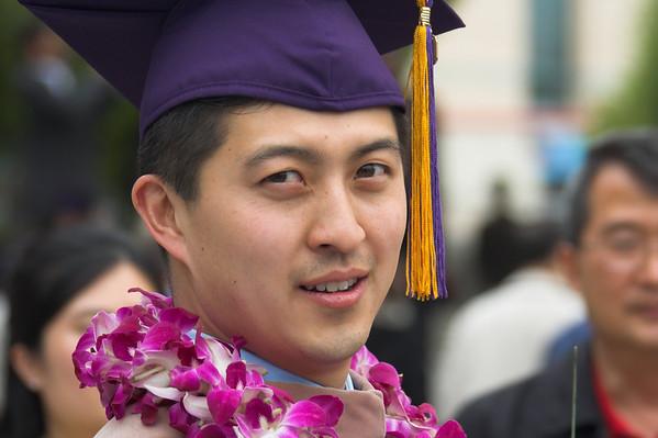 Eric's got an MBA!! - 2007, 5/25