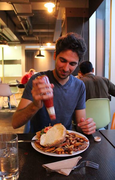 QuebecCity-Restaurant-ChezVictor07.JPG