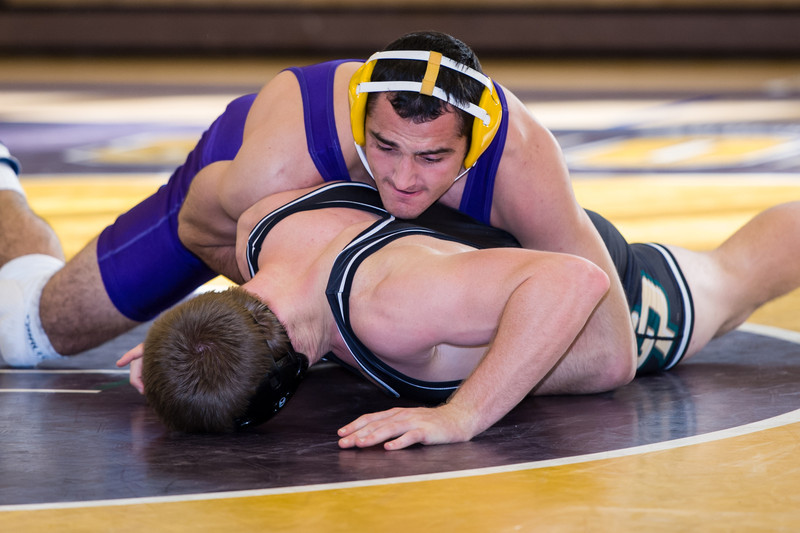 Nov 24, 2013 San Francisco State University Gators hosted the Cal Poly Mustangs in a non-conference match where Cal Poly pulled out a hard fought tie-breaker decision over the host Gators 16-15: 197lbs - Andrew Reggi (SF State) won by 12-9 dec. over Nicola Johnson (CP)