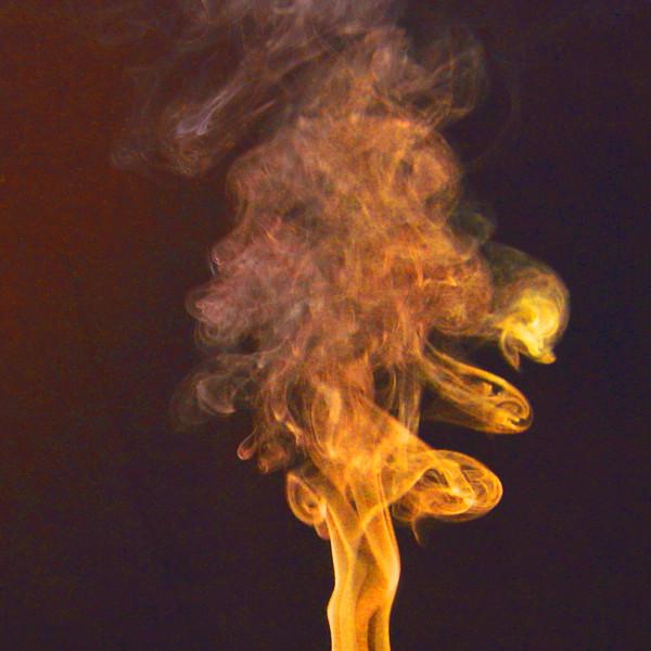 Smoke Trails 5~8739-1sq.