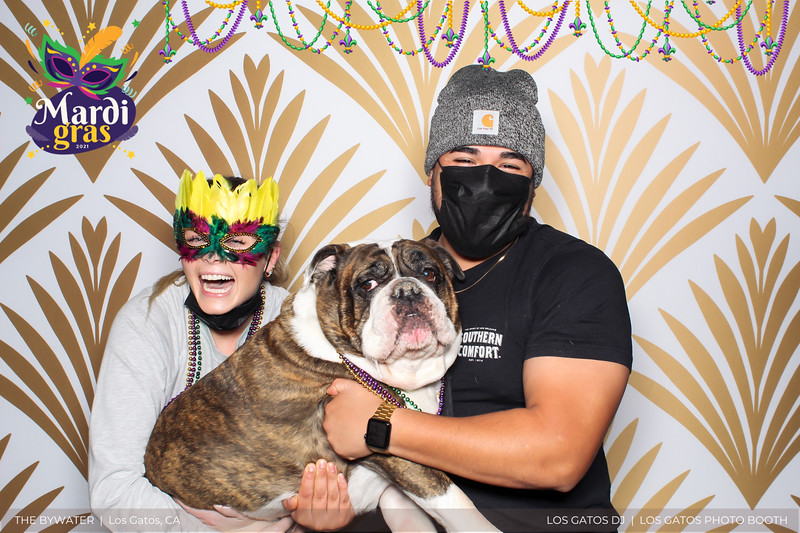 LOS GATOS DJ - The Bywater's Mardi Gras 2021 Photo Booth Photos (beads overlay) (26 of 29).jpg
