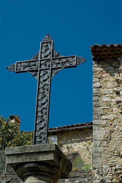 provencale cross.jpg