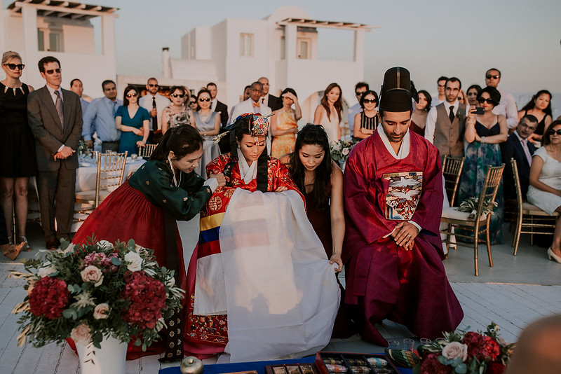 Tu-Nguyen-Destination-Wedding-Photographer-Santorini-Rocabella-Hotel-Euna-Ehsan-643.jpg