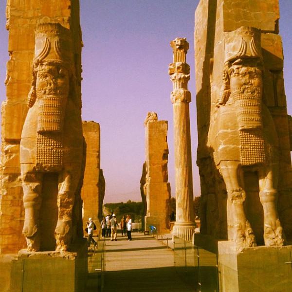 Entering Persepolis. #Iran #wir #gadv #dna2iran