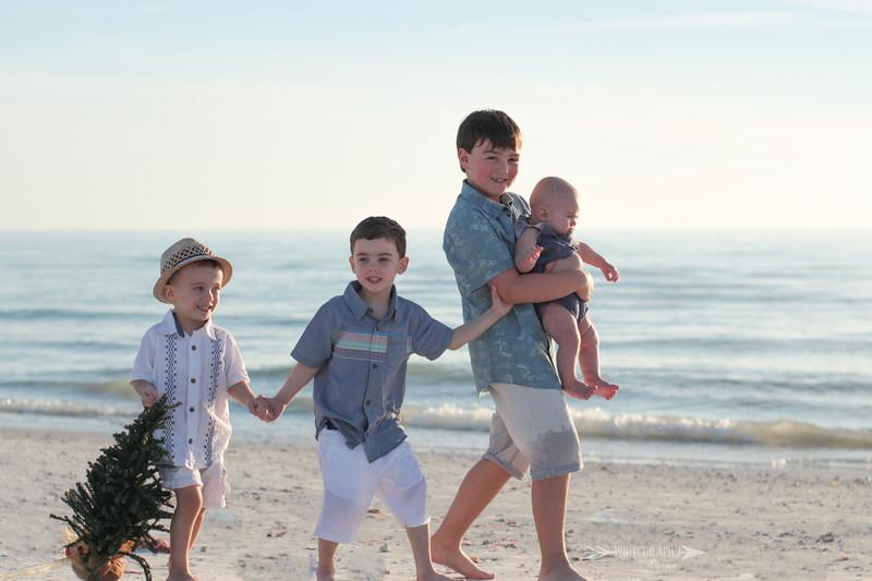 Family-Photo-Session-Honeymoon-Island-Beach-Florida-Red-Dress-Santa-Hats-Christmas-Session-Central-Florida-Tampa-Bay-Family-Photographer-Photography-By-Laina-5.jpg