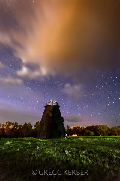 May 2014. ISO 3200, 16mm, f/2.8, 15s, Lightroom 5 only.