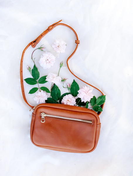 Photography_by_CHRISTIANNE_TAYLOR_parker_clay_indago_bags_leather-33.jpg