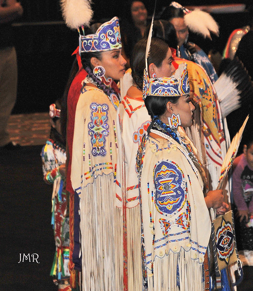 08 Pow wow dress women.jpg
